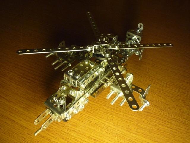 Как сделать из железного конструктора вертолёт